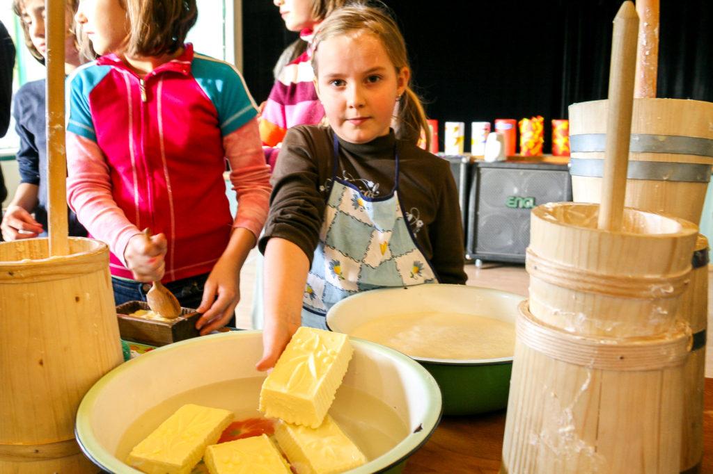 Warsztaty edukacyjne o mleku